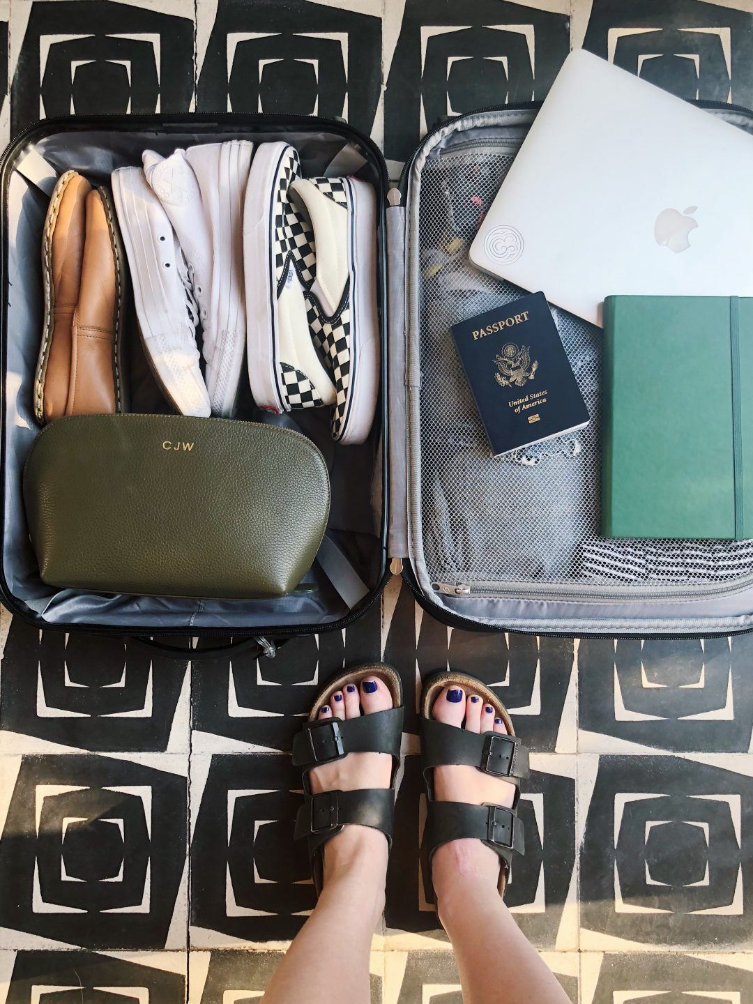 Tips for Solo Travel   Advice for the Female Solo Traveler on Safety, Affordability and Having Fun.
